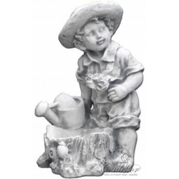 Chłopiec z konewką - doniczka ogrodowa