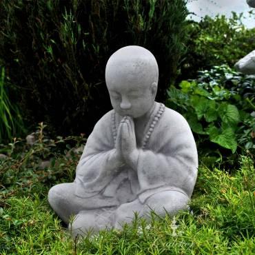 Mnich medytujący