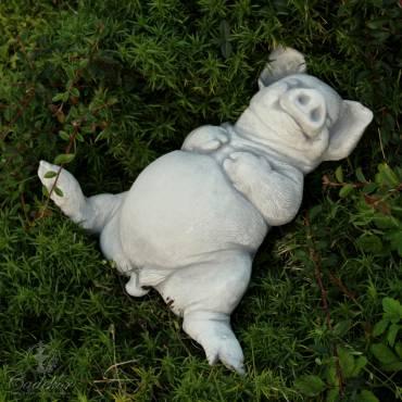 Figurka ogrodowa - Radosne Prosię