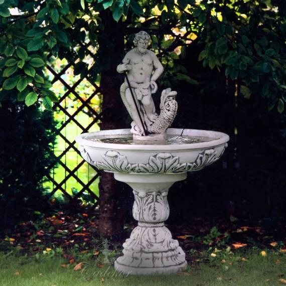 Fontanna z Neptunem- bogiem mórz i oceanów