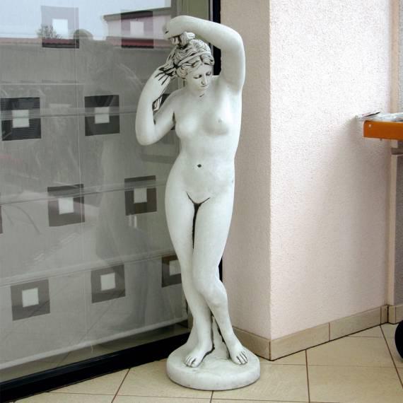 Figura betonowa Eliza