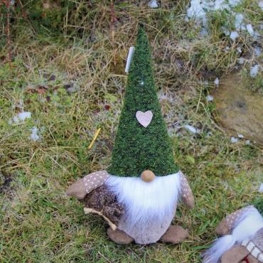 Mikołaj z serduszkiem 40 cm
