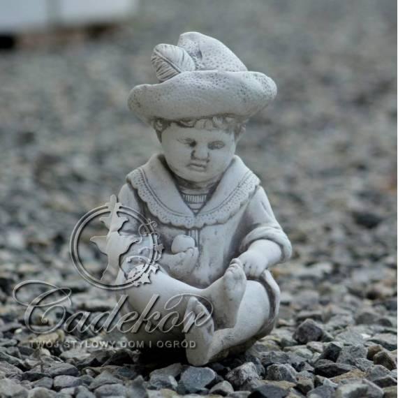 Chłopczyk z Piłeczką Mały