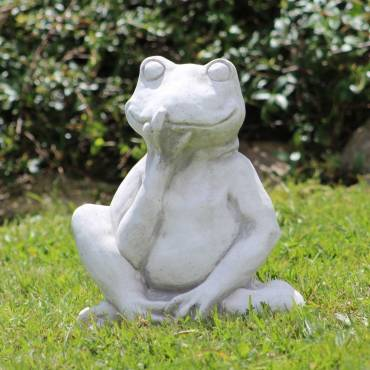 Water Frog - element of the fountain