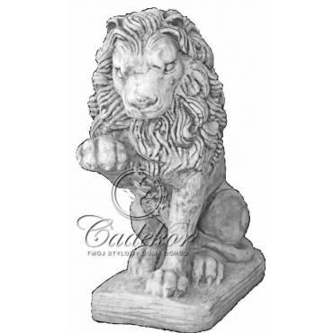 Lew z Łapą lewy